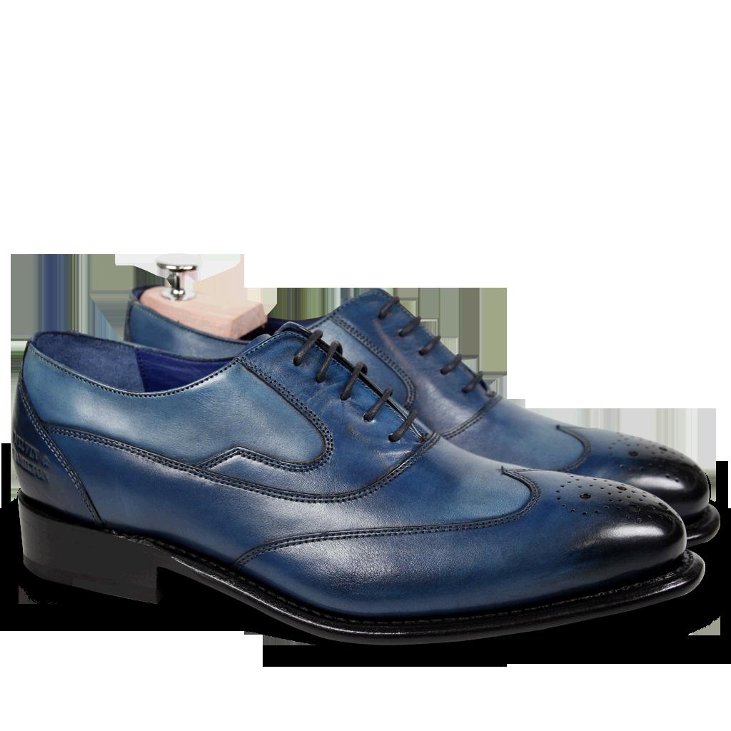 Artikel klicken und genauer betrachten! - Entdecken Sie unsere Linie Melvin & Hamilton Couture mit dem Model Charles 8 Mid Blue LSein Oxford Schuh von höchster Handwerkskunst. Designt und hergestellt mit der allergrößten Sorgfalt, erhalten Sie mit den Charles Herrenschuhe der Königsklasse. Diese elegante Kollektion bietet Ihnen einen einzigartigen Tragekomfort und zugleich ein stilvolles Design. Echtes Leder, welches vegetabil gegerbt und von Hand in ein perfektes schwarz eingefärbt wird, verleiht jedem Modell einen einzigartigen | im Online Shop kaufen