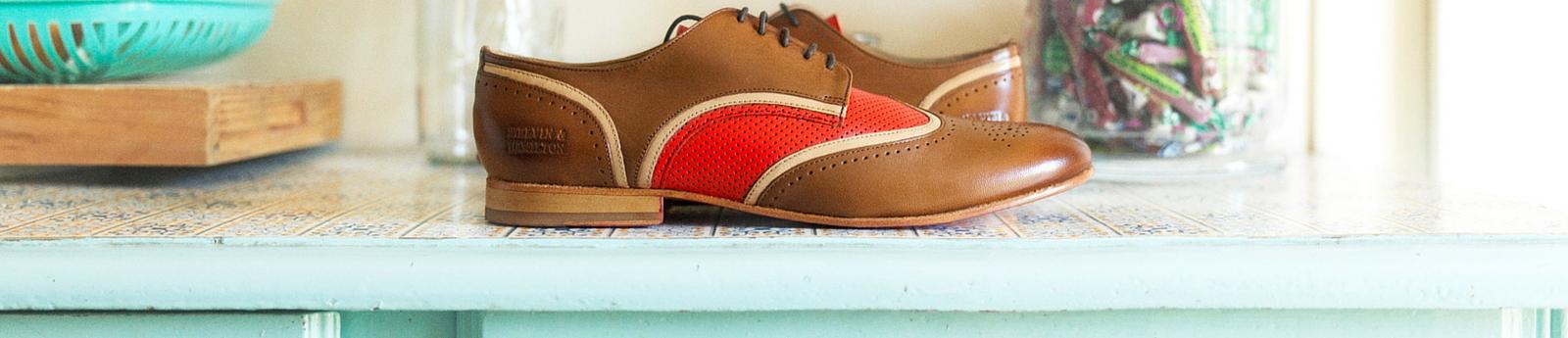 Lace up shoes women