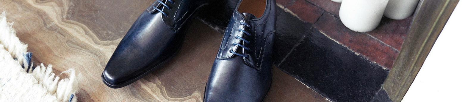 Lace up shoes men