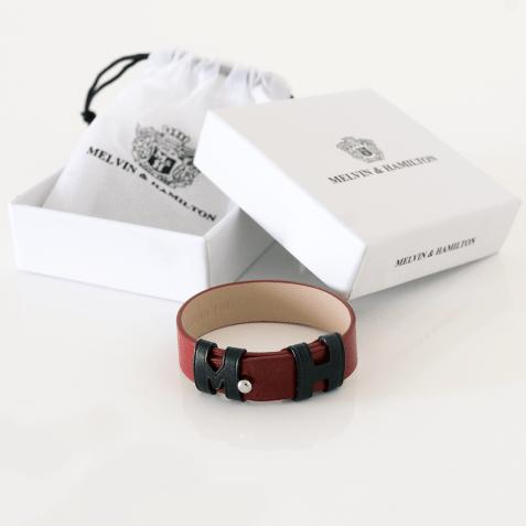 Armbänder Archie 1 Red Loops Black Studs Nickle